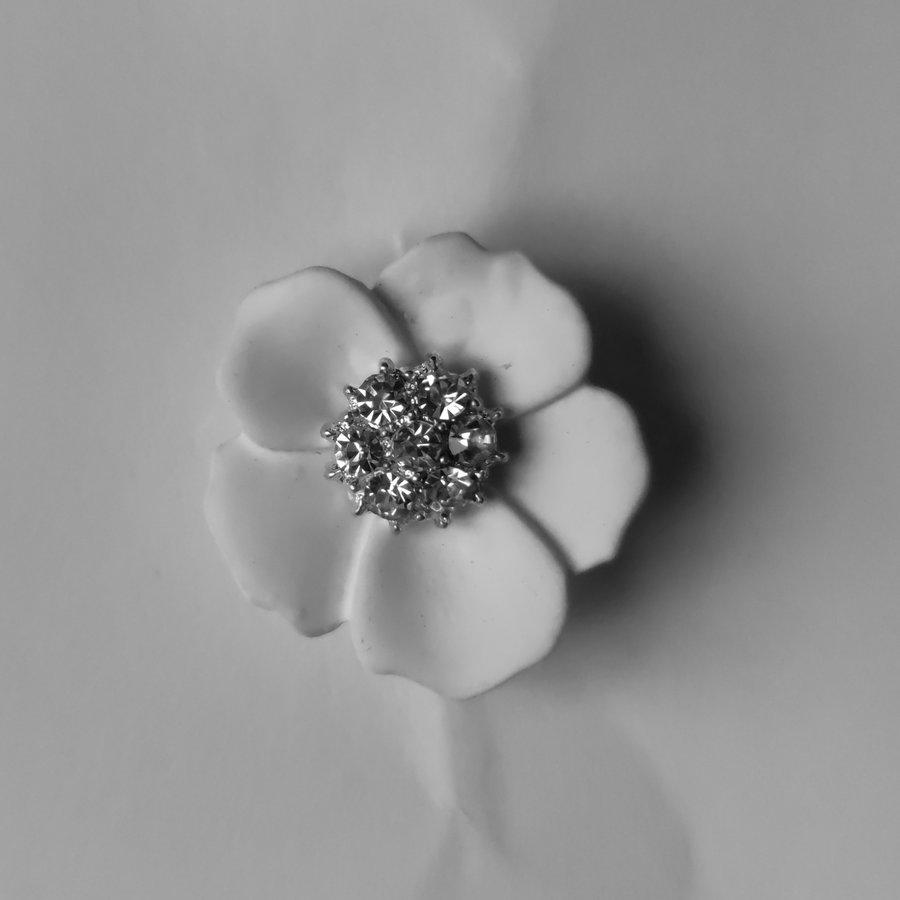 Zilverkleurige Hairpins – Flower - Wit - Diamantjes - 2 stuks-3
