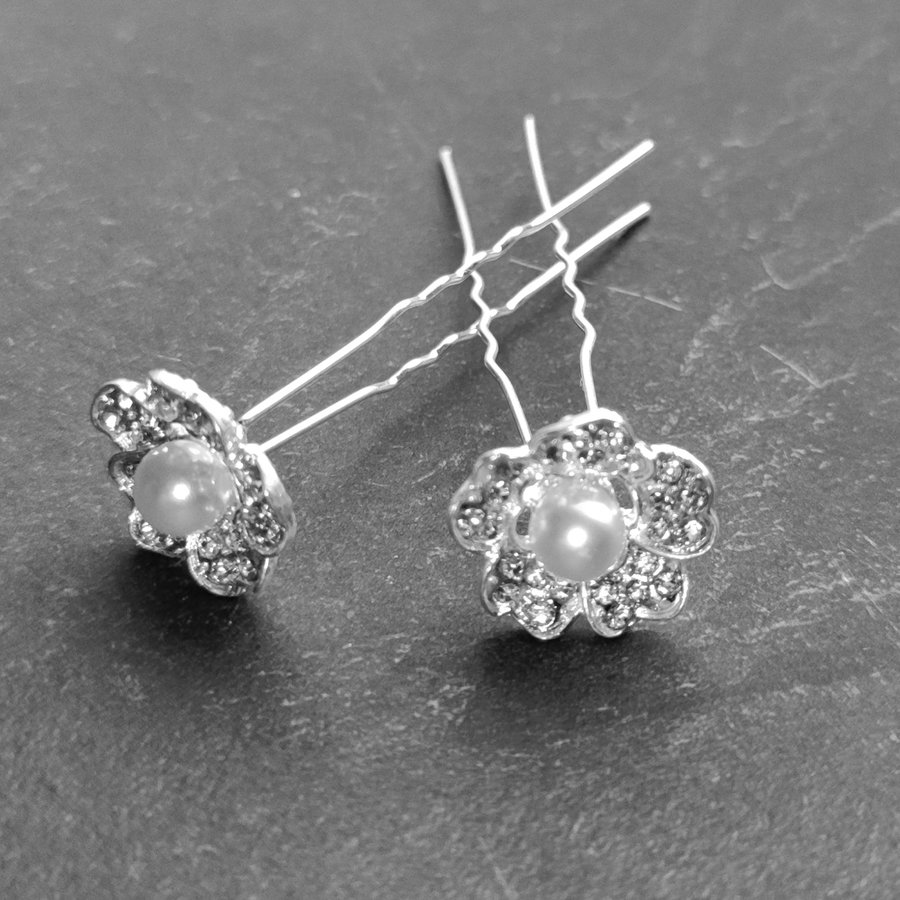 Zilverkleurige Hairpins – Flower met Ivoorkleurige Parel en Diamantjes - 5 stuks-3