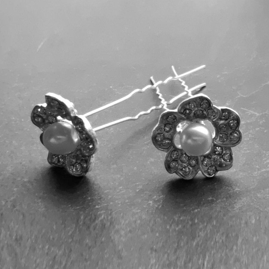 Zilverkleurige Hairpins – Flower met Ivoorkleurige Parel en Diamantjes - 5 stuks-5