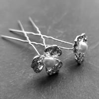 thumb-Zilverkleurige Hairpins – Bloem met Ivoorkleurige Parel en Diamantjes - 5 stuks-4