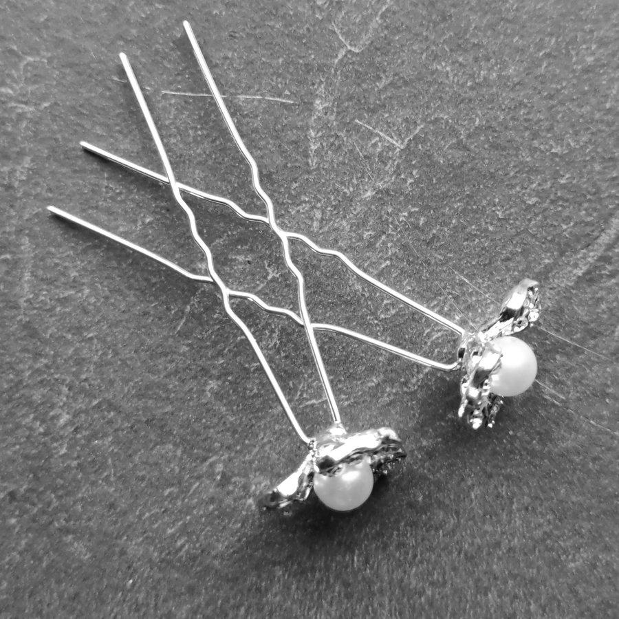 PaCaZa - Zilverkleurige Hairpins - Bloem met Ivoorkleurige Parel en Diamantjes - 5 stuks-6