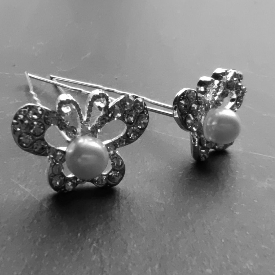 Zilverkleurige Hairpins – Butterfly - Diamantjes en Ivoorkleurige Parel - 5 stuks-1