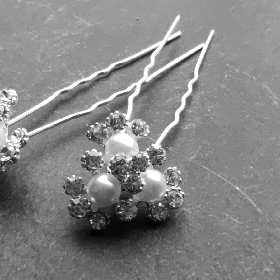 PaCaZa - Zilverkleurige Hairpins - Bloemetjes - Diamantjes - Ivoorkleurige Parels - 5 stuks-5