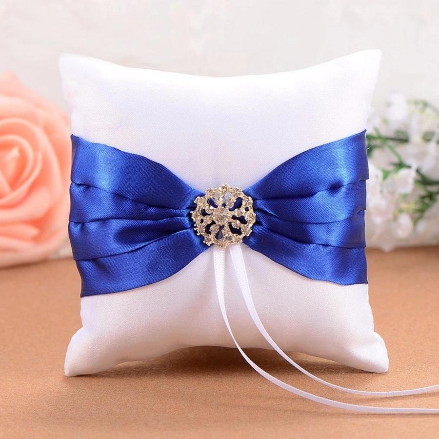 Ringkussen Wit en Blauw met Fonkelende Diamant-1