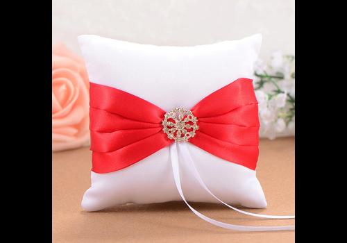 Ringkussen Wit en Rood met Fonkelende Diamant