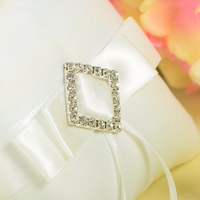 thumb-Ringkussen met Strik Fonkelende Diamant - Wit-3