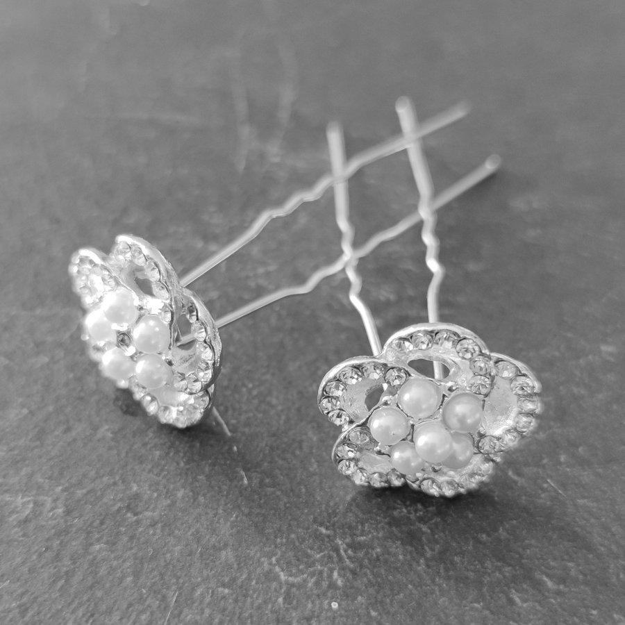 Chique Zilverkleurige Hairpins - Diamantjes en Pareltjes - 2 stuks-3