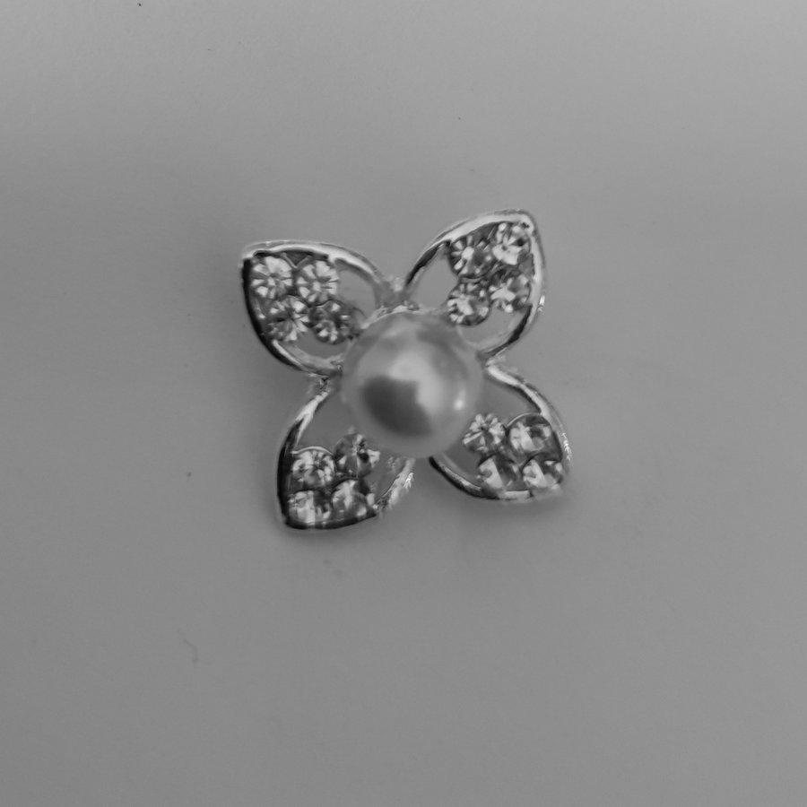 PaCaZa - Zilverkleurige Hairpins - Bloem met Diamant en Parel - 5 stuks-2