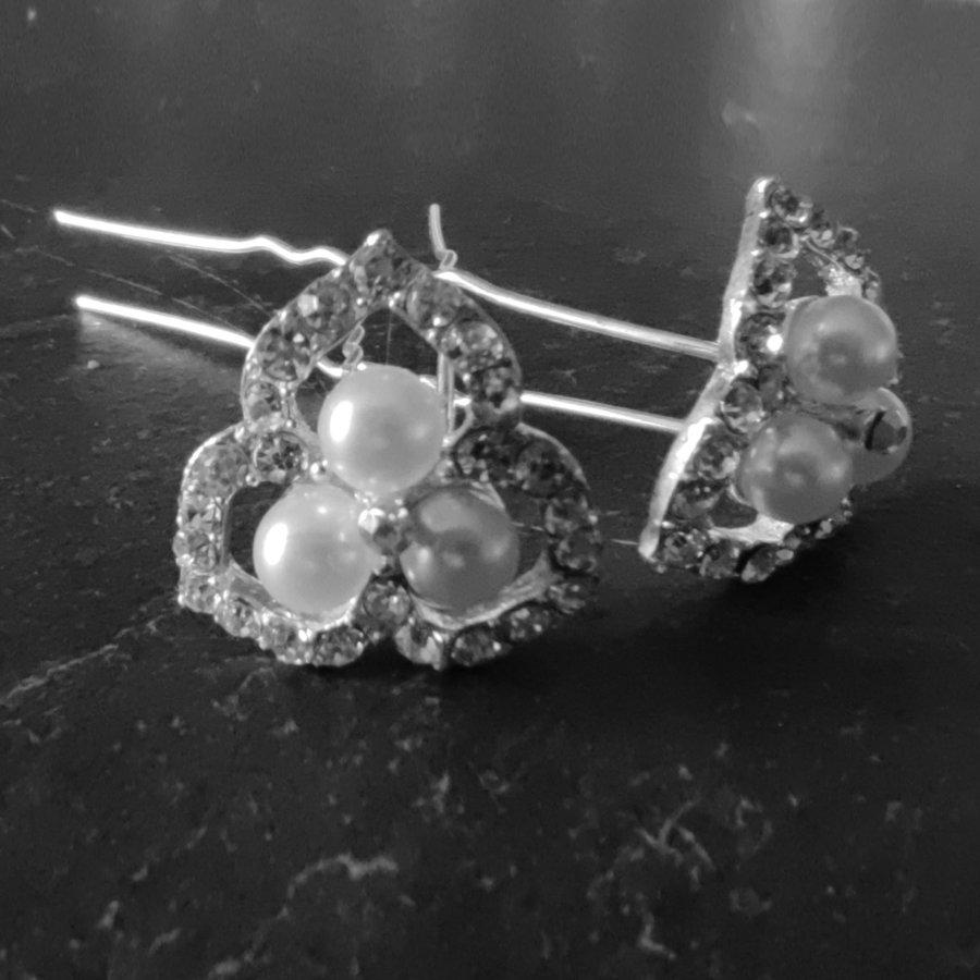 Zilverkleurige Hairpins - Ivoorkleurige Parels en  Diamantjes - 2 Stuks-4
