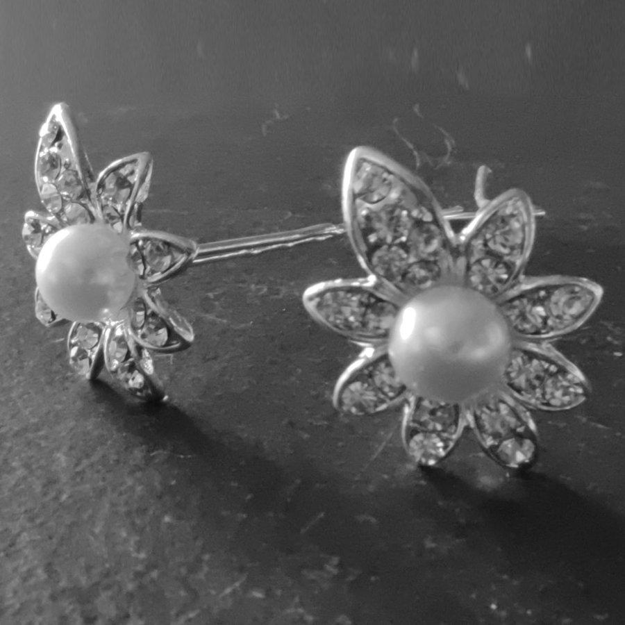 PaCaZa - Zilverkleurige Hairpins - Flower - Diamantjes en Ivoorkleurige Parel - 5 stuks-4