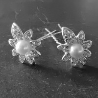 thumb-PaCaZa - Zilverkleurige Hairpins - Flower - Diamantjes en Ivoorkleurige Parel - 5 stuks-1