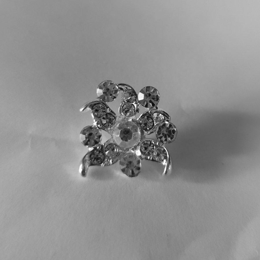 Zilverkleurige Hairpins - Fonkelende Bloem met  Diamantjes - 2 Stuks-2
