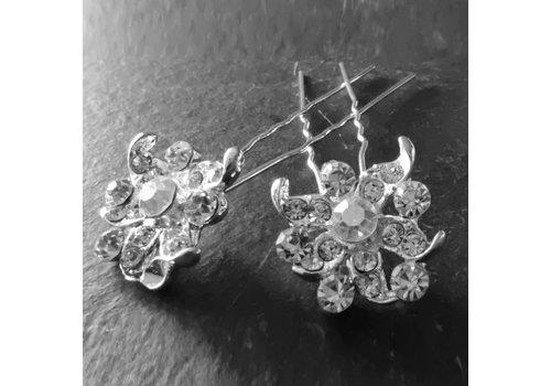 Zilverkleurige Hairpins - Fonkelende Bloem met  Diamantjes - 2 Stuks