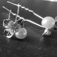 thumb-Zilverkleurige Hairpins - Blaadjes met Diamantjes en Ivoorkleurige Parel - 5 stuks-1