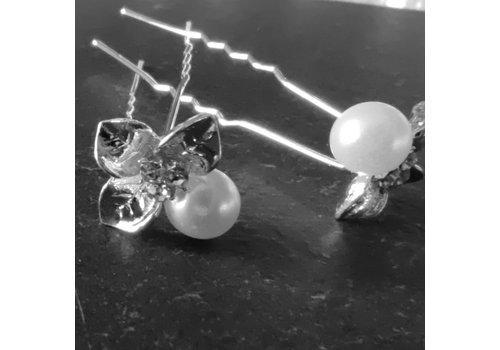 Zilverkleurige Hairpins - Blaadjes met Diamantjes en Ivoorkleurige Parel - 5 stuks