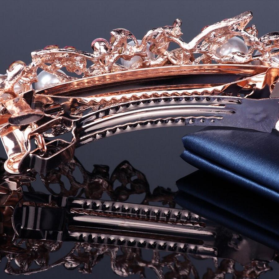 Rosékleurige Haarclip met Ivoorkleurige Parels en Fonkelende Diamanten - Bloem-4