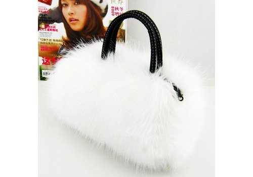Tasje Fluffy Off White / Ivoor