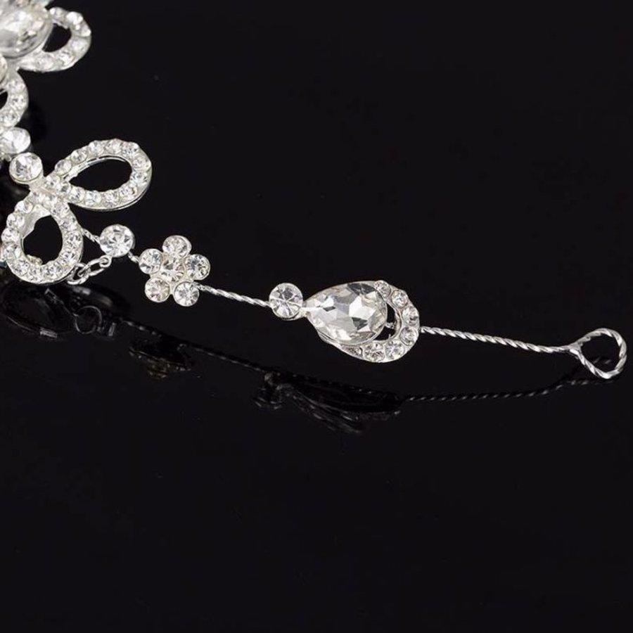 Prachtig Sieraad met Kristallen Bloemen voor in je Haar-3