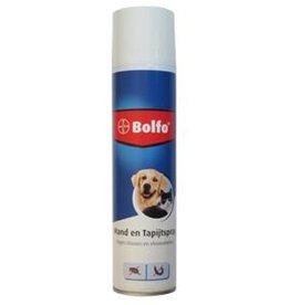 Bolfo mand en tapijstspray