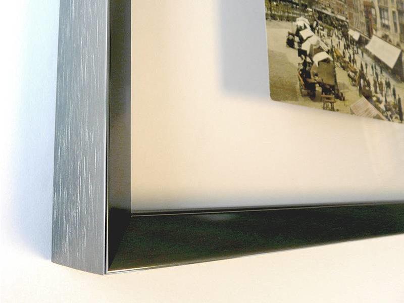DLF Floating frame - dubbel glas in strakke aluminium lijst