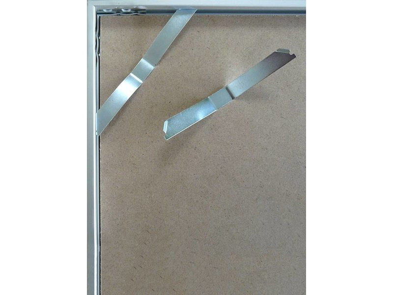DLF 40x60 cm zilver Pro Line wissellijst  extra solide fotolijsten met een smal profiel.