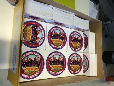 Distribuir pegatinas - Copy