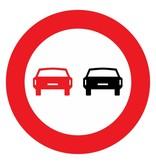 Verbod voor motorvoertuigen om elkaar in te halen