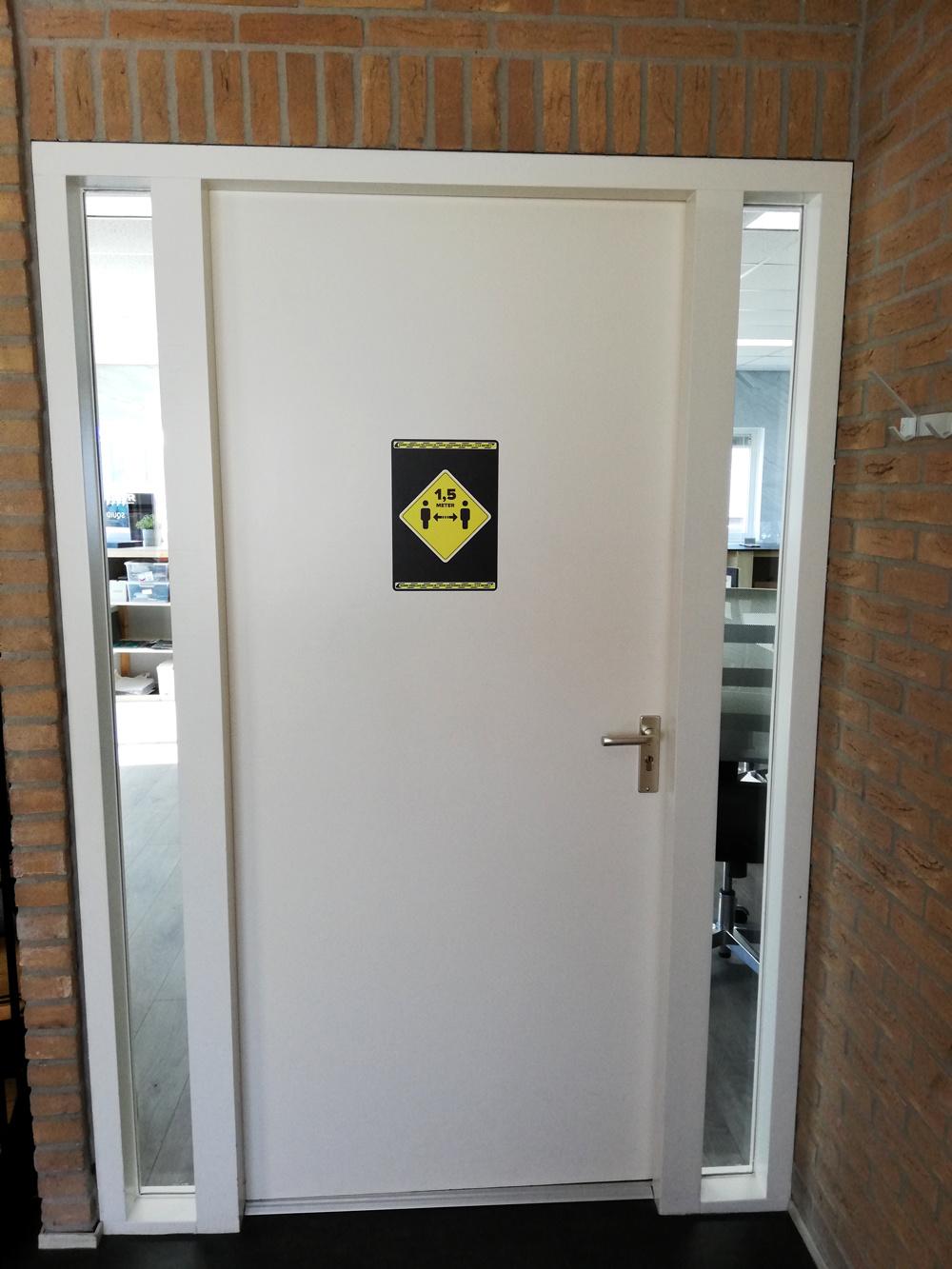 Easydot Wit Warning stickers: Keep away