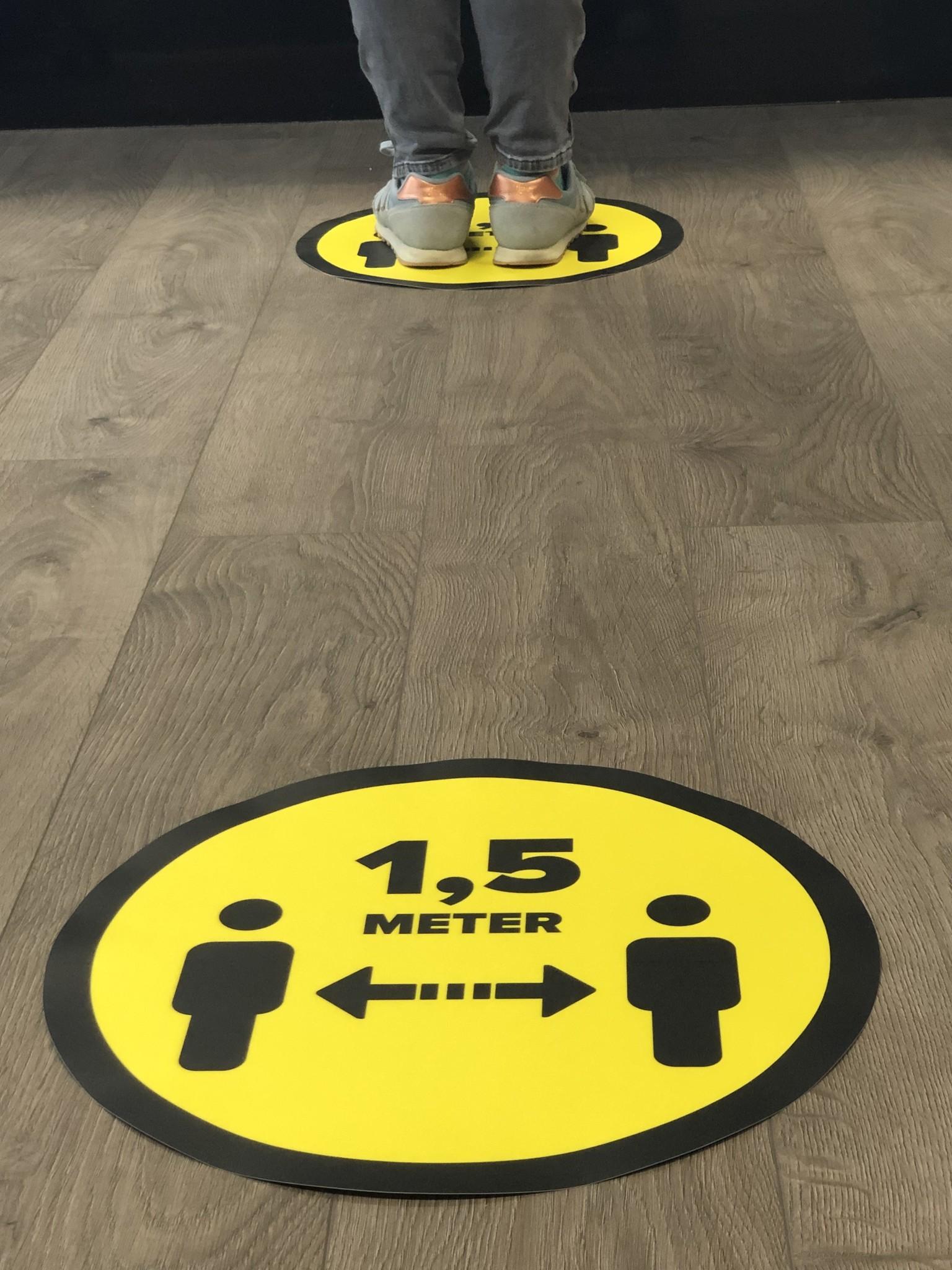 Abstand der Bodenaufkleber 1,5 Meter (rund) aufbewahren