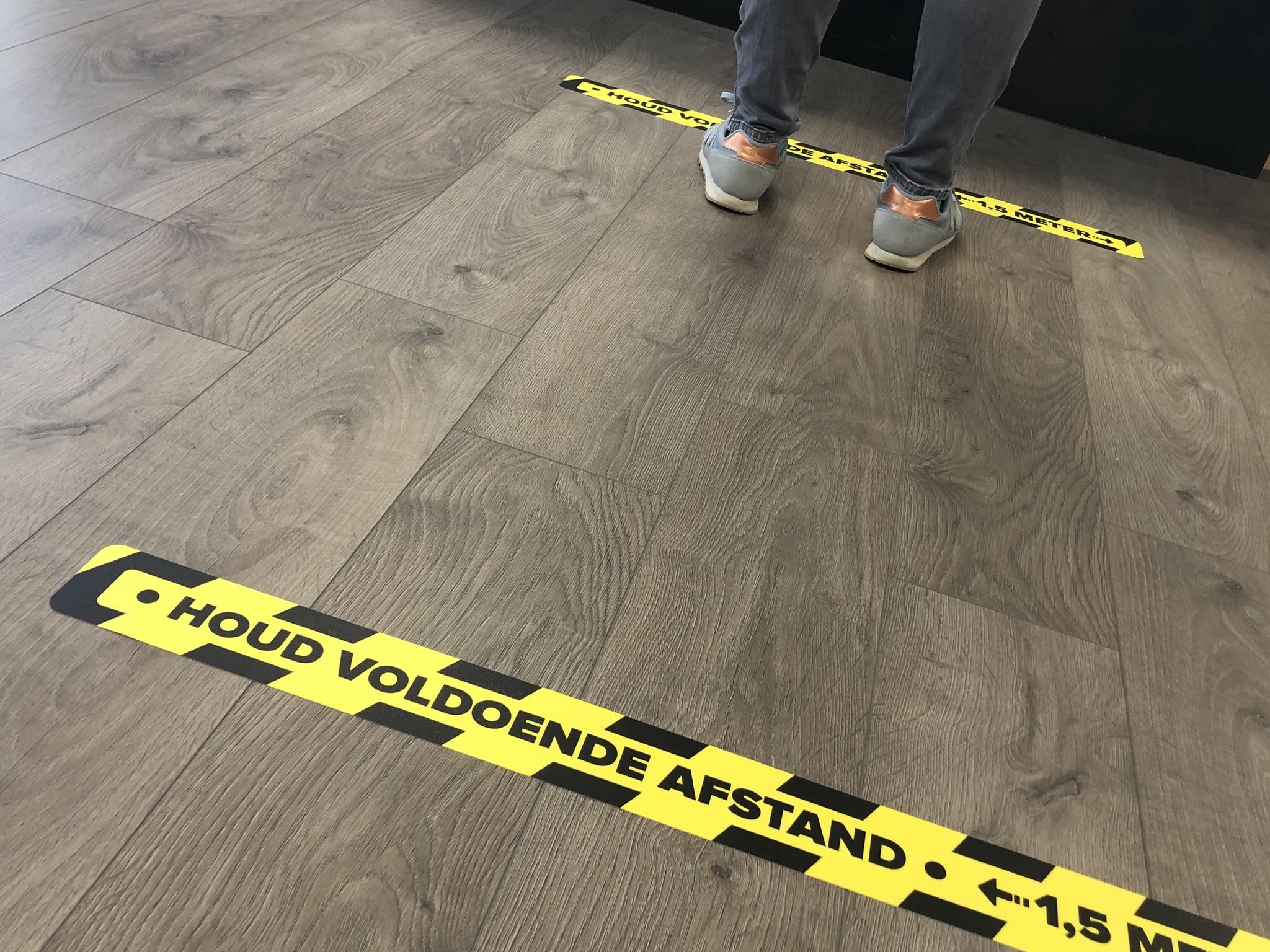 Pegatina distancia suelo Keep Corona 7,5x90cm