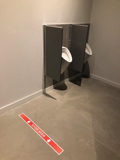 Stop here floor sticker Corona 7.5x90cm