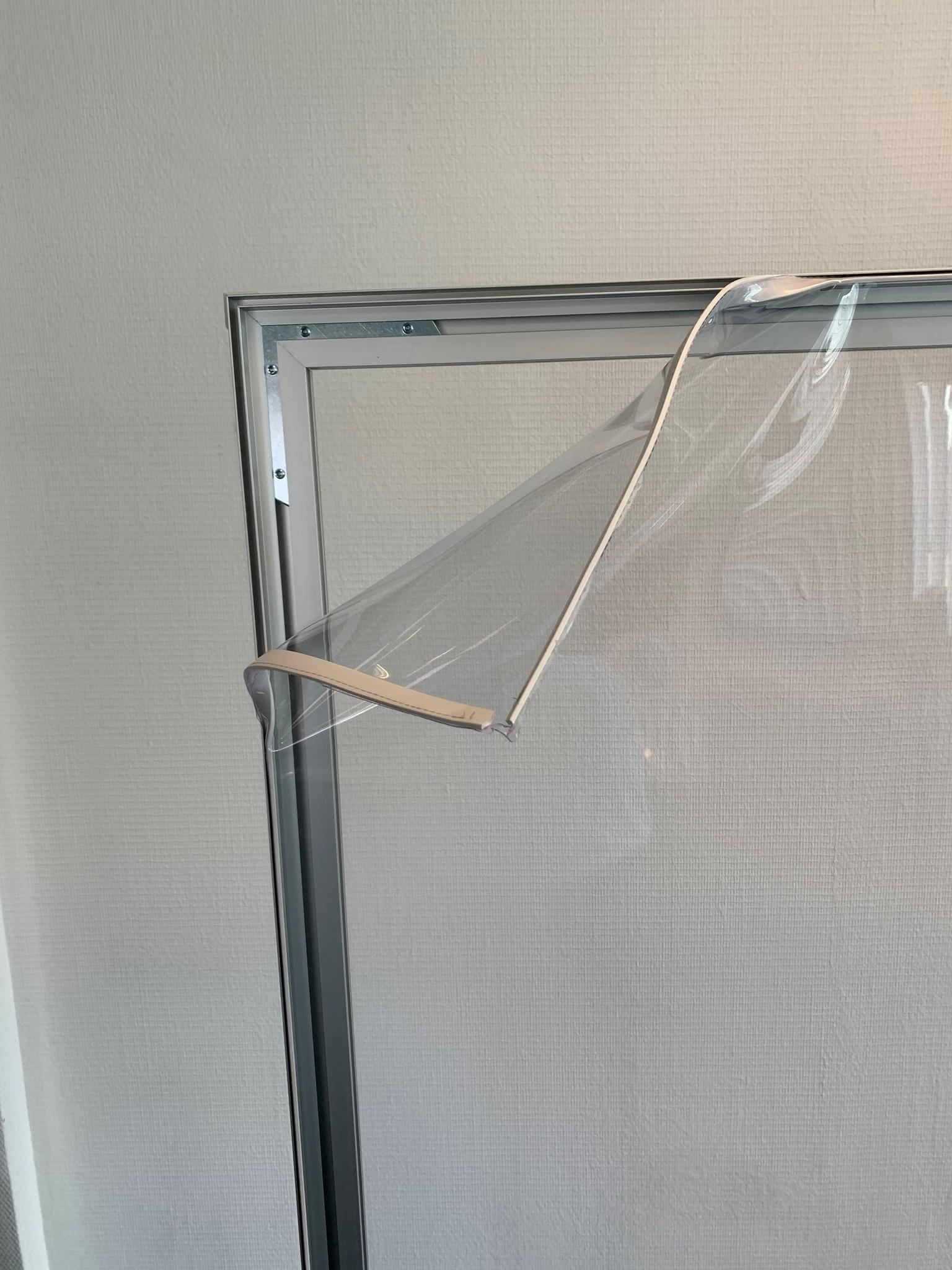 Contador 3d modelo tela transparente