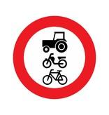 Gesloten voor ruiters, vee, wagens en motorvoertuigen