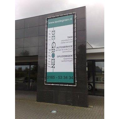 Publicidad en la fachada