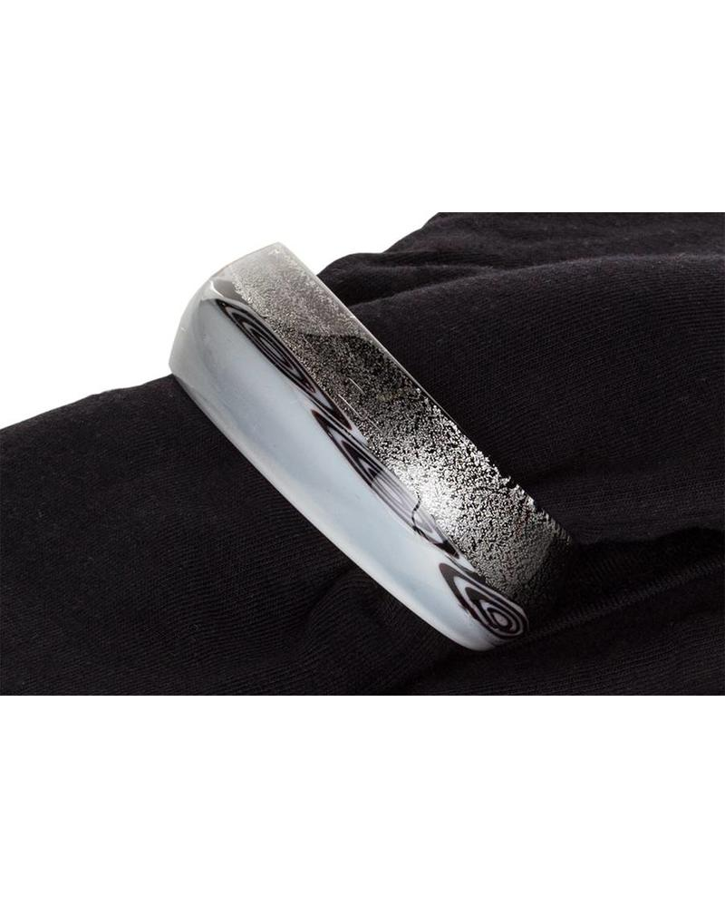 Embrace Embracelet with scarf in Black/White Murano Glass Ring