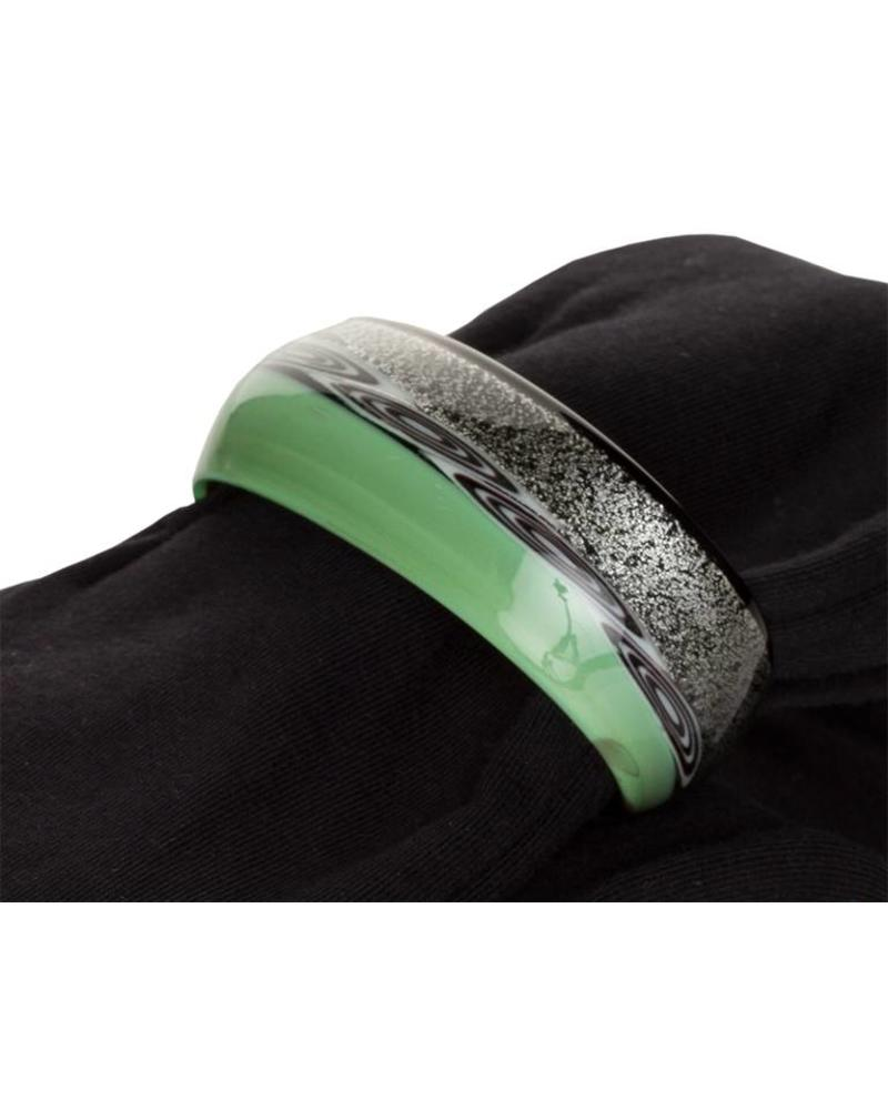 Embracelet with scarf in Black/Green Murano Glass Ring