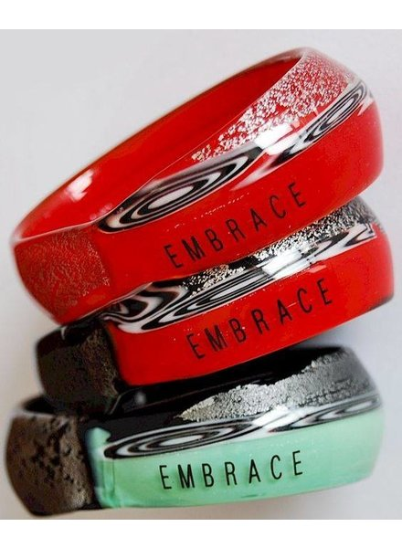 Embrace Embracelet in rot/schwarz