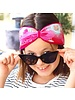 "Embrace Kopfband ""Fantasy"" in Schleifenoptik drapiert mit pinkfarbenen Samtband"