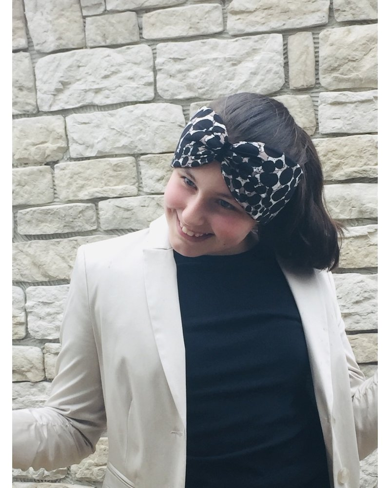 """Embrace """"Beige dot crema"""" headband with a loop look and black velvet ribbon"""