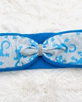 "Embrace headband ""salamandra azzurro"" in loop-look draped with royal blu velvet ribbon"
