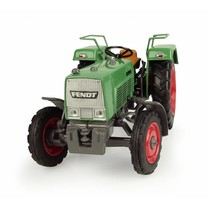 Fendt Universal Hobbies Fendt Farmer 3S - 2WD 1:32