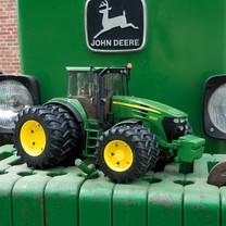 Tracteurs jouets de grandes marques