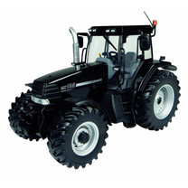 Case Case IH Maxxum MX 135 - Black Beauty 1:32
