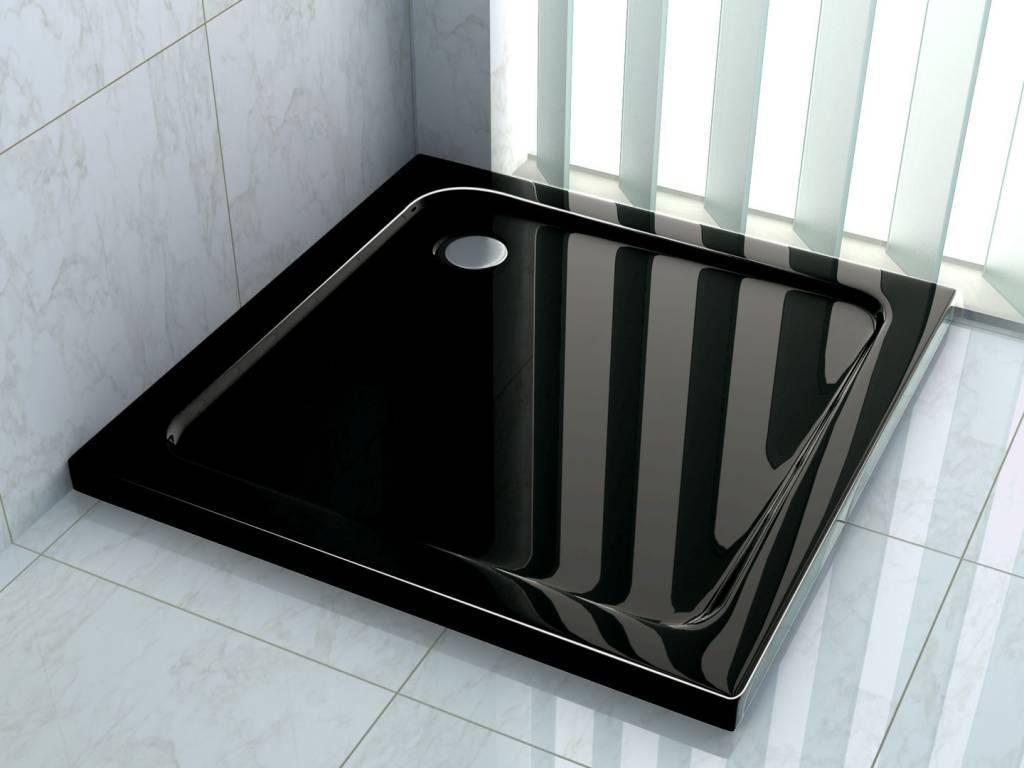 Een vierkante douchebak, compact en mooi