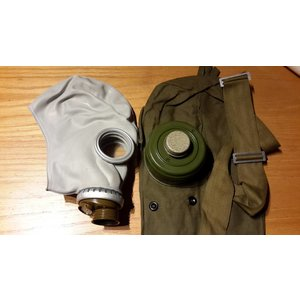 Gasmaske+ Filter+ Tasche