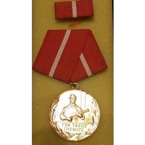 Medaille f.treue Dienste Kampfgruppe 10 jahre bronze