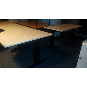 Wing bureau 120 x 80 cm zwart stalen frame