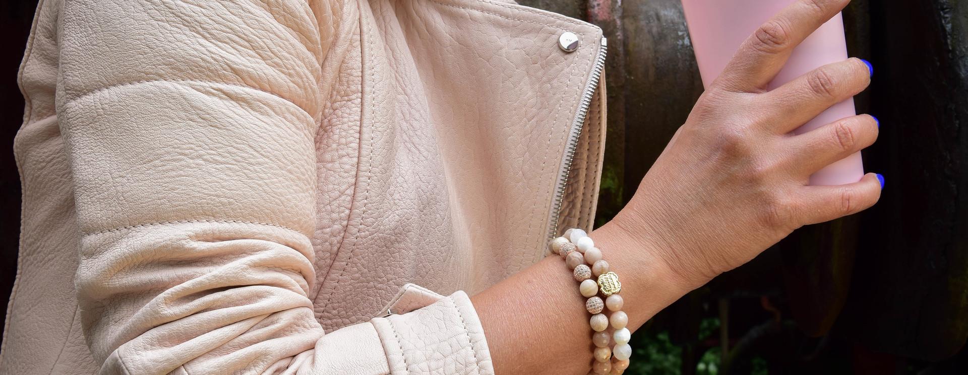 Perlen Armbänder