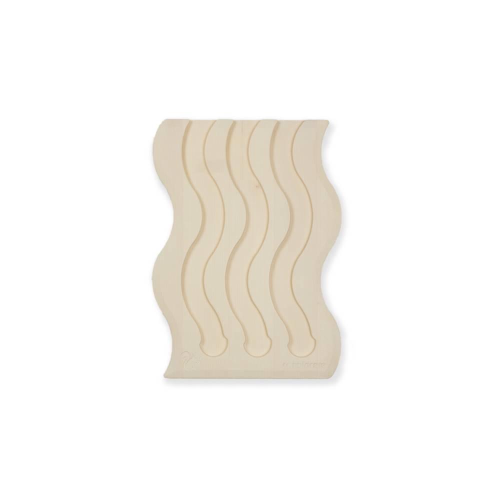 Swing III fatto di legno di acero pigmentato bianco