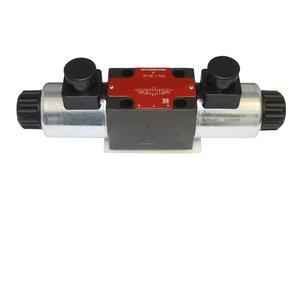 Control valve 4/3 hydraulic (remote control)